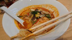 トムヤムクン麺のアップ